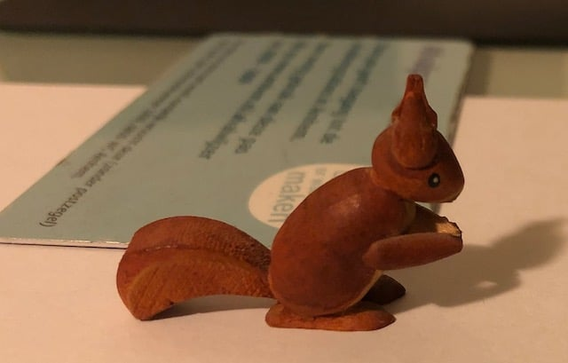 het eekhoorn beeldje van mijn moeder